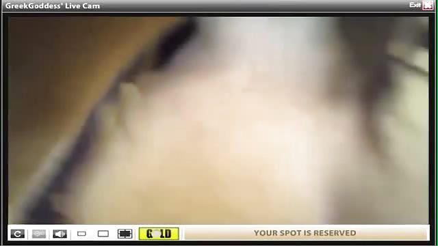 Vollbusige Asiatin Zeigt Ihre Titten Vor Der Webcam
