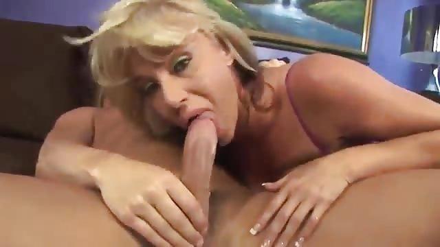 Mamuśki porno przesłuchanie