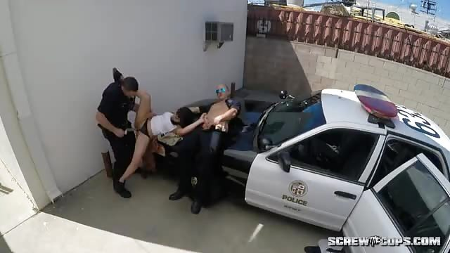 Getting fucked by gangsrer Gangsta Latina Fucked By Police In The Street Porndroids Com