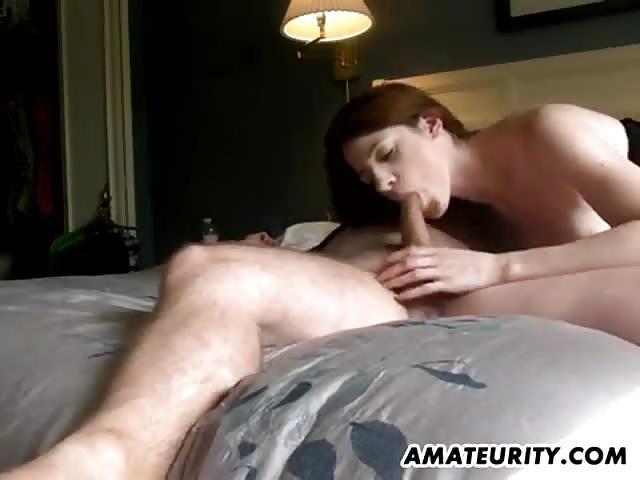 Sesso in camera da letto per due